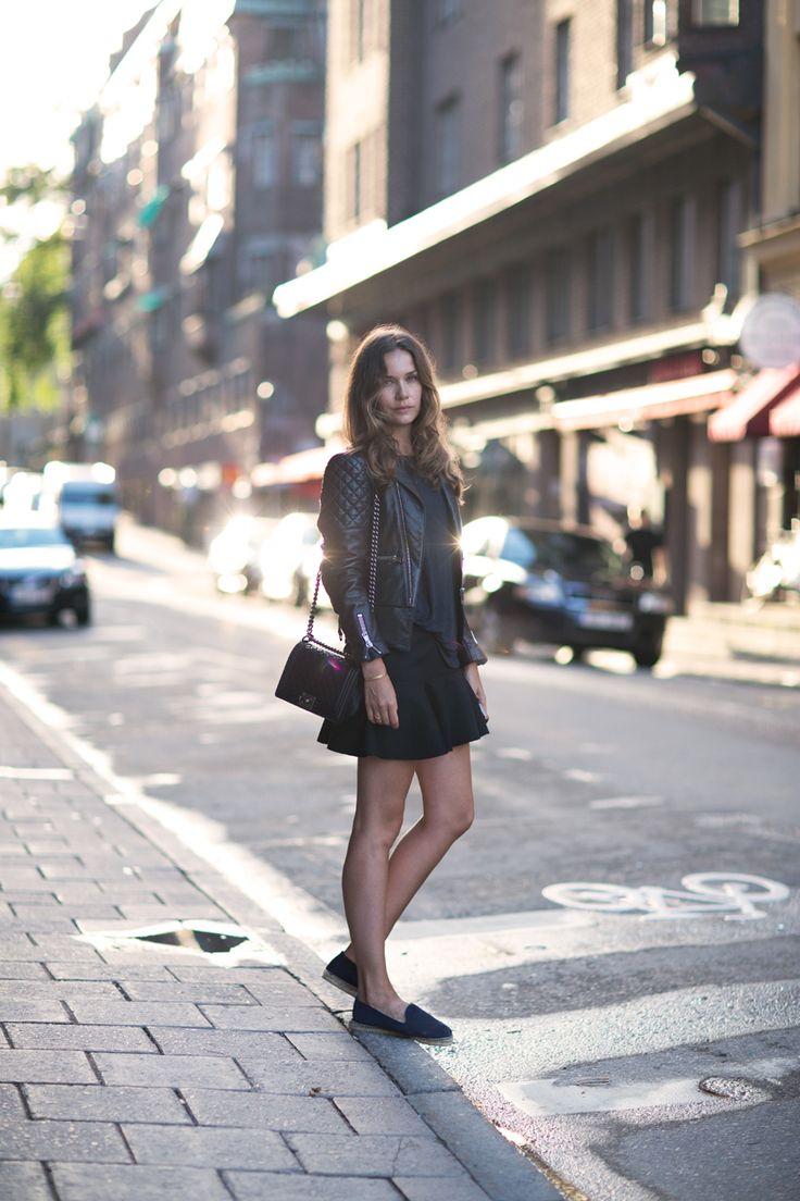 Jacket Balenciaga, Espadrilles Manebi, Tee Caroline Blomst, Bag Chanel, Skirt H & M