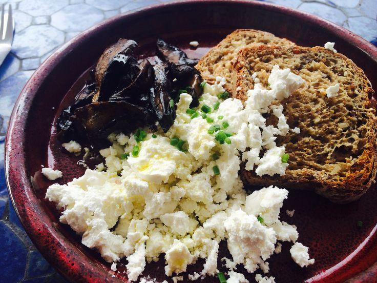 Feta cheese, field mushrooms and toast.