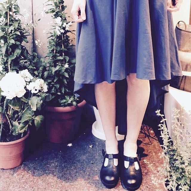 Blu dress and old shoes