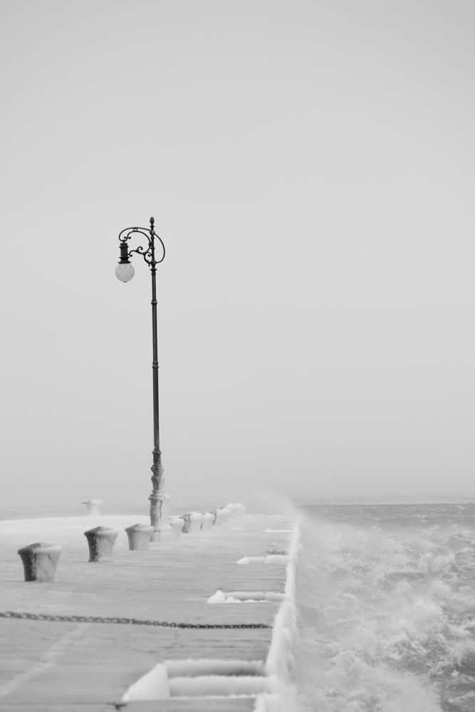Gelo e bora a Trieste 2012