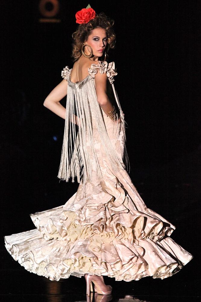 Only One Woman: Mis flamencas, Pilar Vera
