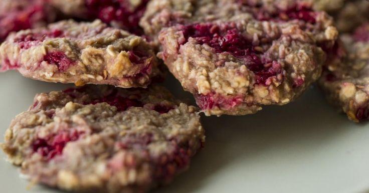 Biscuits moelleux à l'avoine, à la framboise et au sirop d'érable - Ma Fourchette