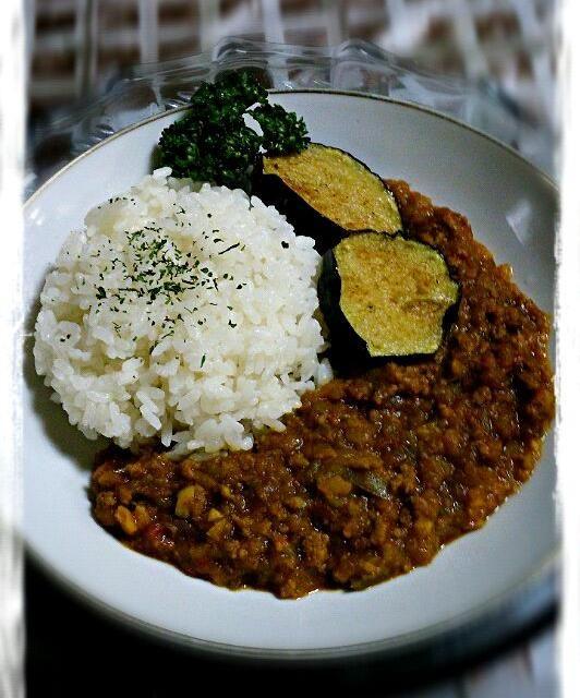 今回も我が家の畑から野菜を集結しました♪ - 30件のもぐもぐ - ユミさんの☆息子の大好きな「キーマカレー」☆ by yyuummii