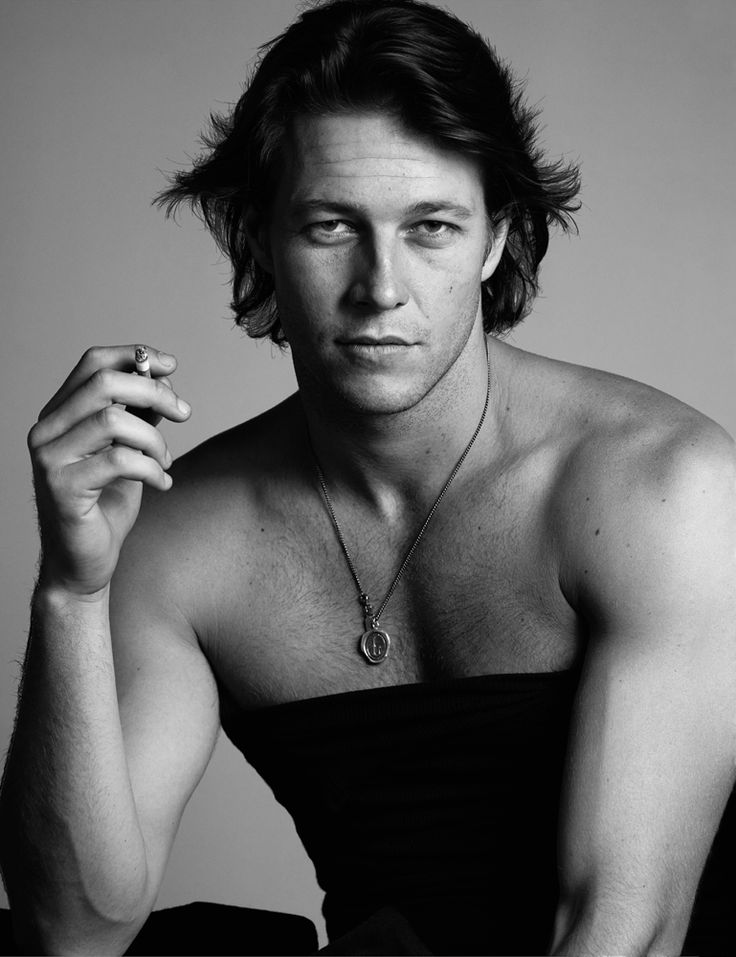 Luke Bracey stars as Dawson in The Best of Me (based on the book by Nicholas Sparks)