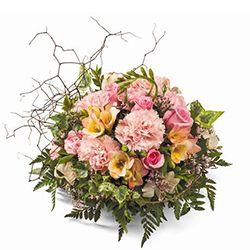 Get well flowers: 'Duchess'