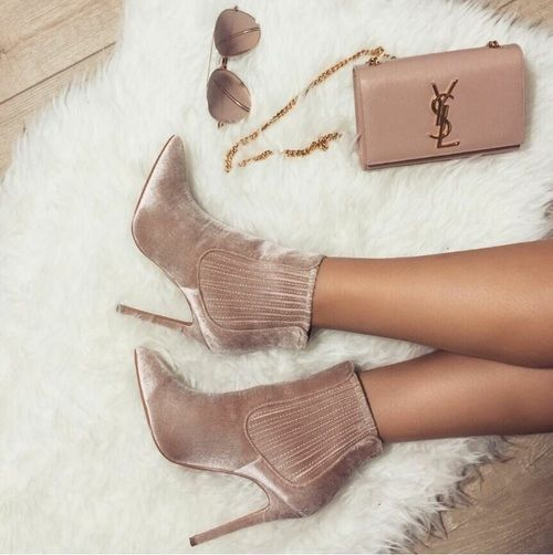 Bluch ankle boots- ysl bag- Ankle booties latest trend for 2017 http://www.justtrendygirls.com/ankle-booties-latest-trend-for-2017/