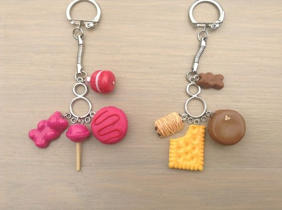 Porte-clés ou bijou de sac thème gourmandise : macaron et autres en pâte FIMO
