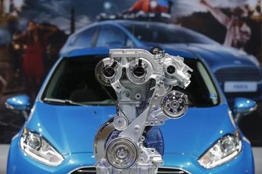 """3 """"Potes"""" (cilindros) el Nuevo Ford Fiesta 2014   www.Carros101.com"""