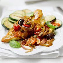 Kip met een saus van tomaat en rode ui | Weight Watchers België