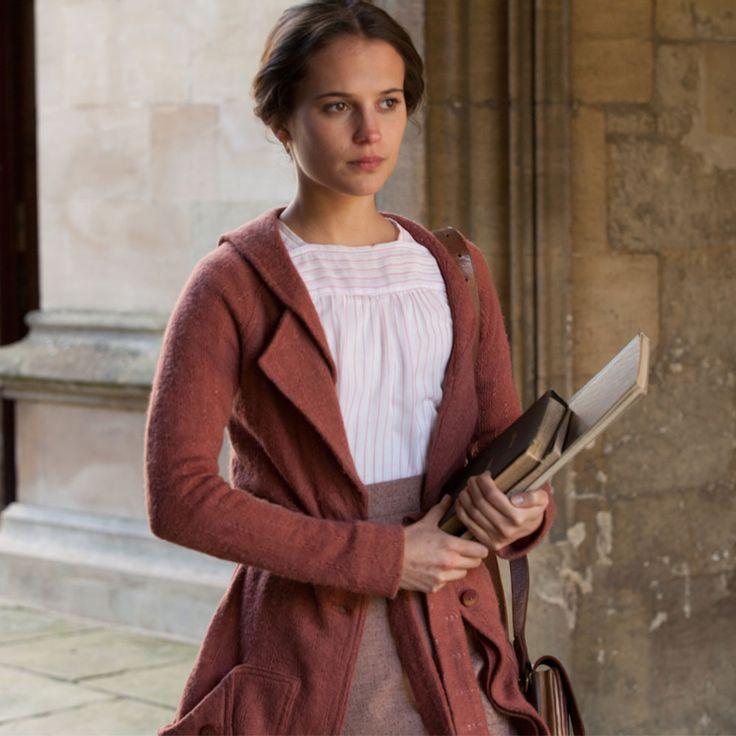 Testament of Youth: Vera Brittain's clothes   Harper's Bazaar