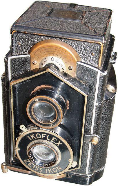 Vintage Zeiss ikon ikoflex
