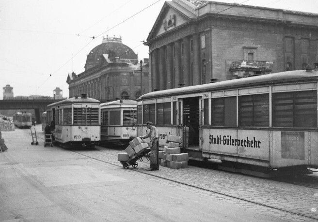 berlin mitte 1944 museumsinsel die s bahn bernimmt den g terverkehr berlin history. Black Bedroom Furniture Sets. Home Design Ideas