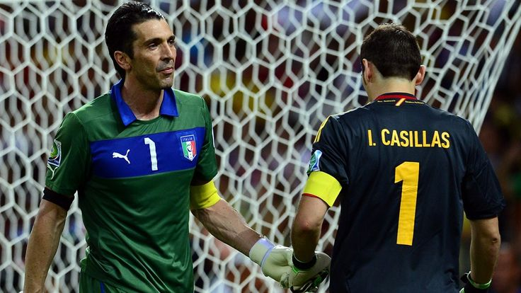 FORTALEZA, BRAZIL - JUNE 27: Gianluigi Buffon of Italy touches gloves with Iker Casillas of Spain (R) during a penalty shootout during the FIFA Confederations Cup Brazil 2013 Semi Final match between Spain and Italy at Castelao on June 27, 2013 in Fortaleza, Brazil. (Photo by Buda Mendes - FIFA/FIFA via Getty Images)