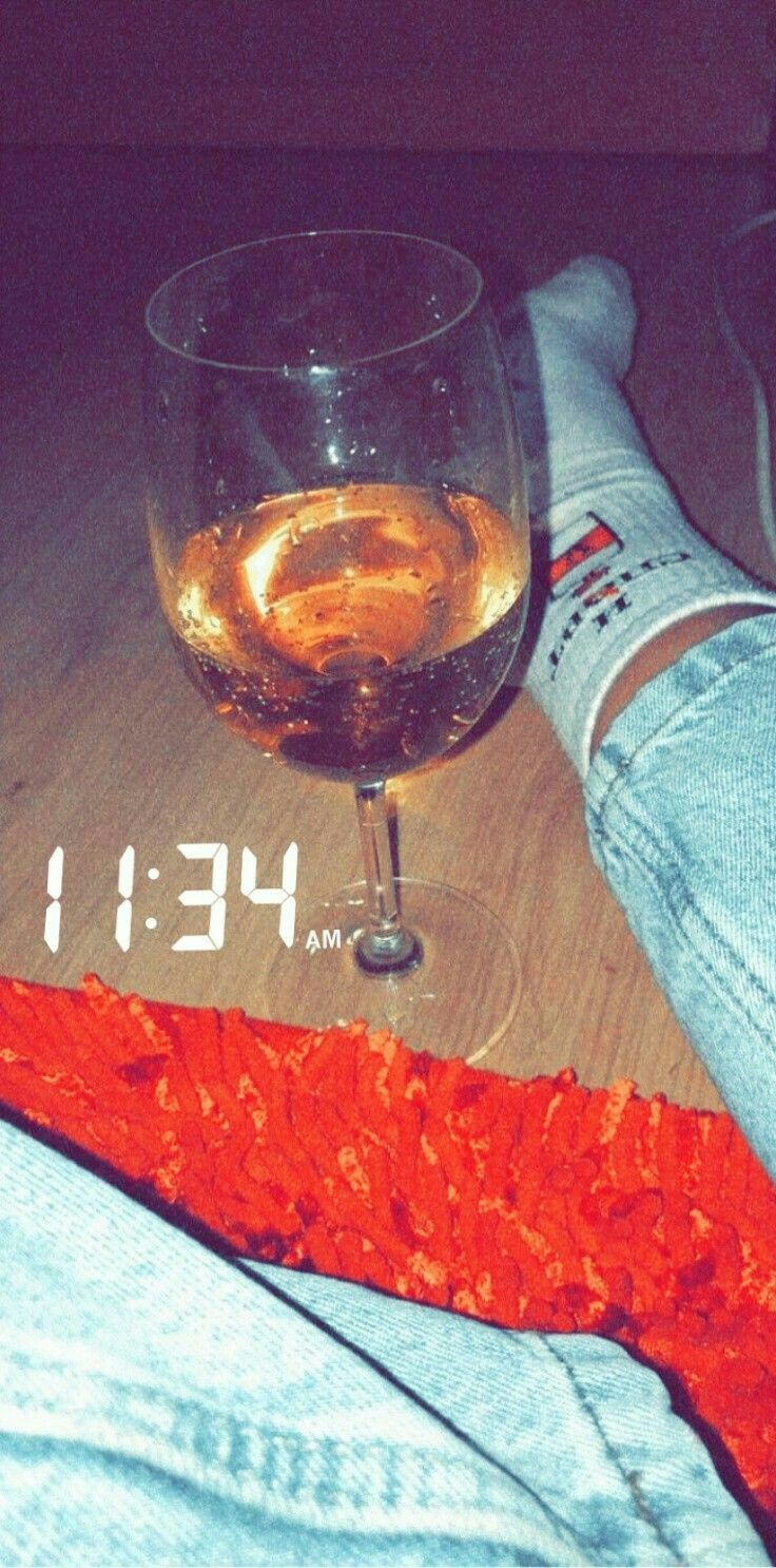 Pin Samiksha In 2020 Alcohol Alcoholic Drinks Rose Wine