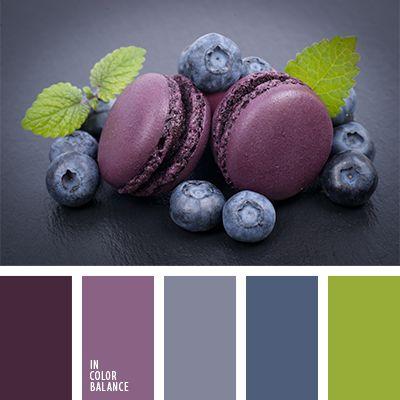 Los tonos azules y violetas de esta paleta se verán muy bien sobre un fondo verde vivo.  Tal combinación de tonos pastel es muy acertada para decorar un salón con mucha luz solar.