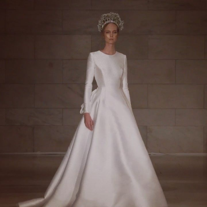 Pin By Classic Miriam On Wedding Wedding Dress Long Sleeve