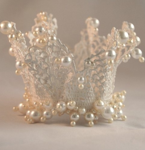 Glass pearls add a fresh and fascinating edge to the old crochet crowns. Looks like a mermaid left her crown behind.
