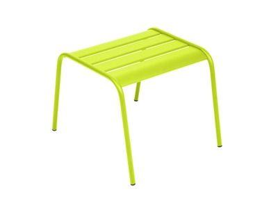 Voetenbank Monceau   Metalen voetenbank of salontafel voor in de tuin. De voetenbank is een onmisbaar accessoire voor de lage stoel van Monceau. Bovendien kun je ze ook als tafel...