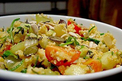 Curry Couscous mit Nüssen