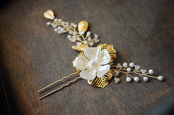 Golden Bridal Hair Pin Accessory with Golden plated wire