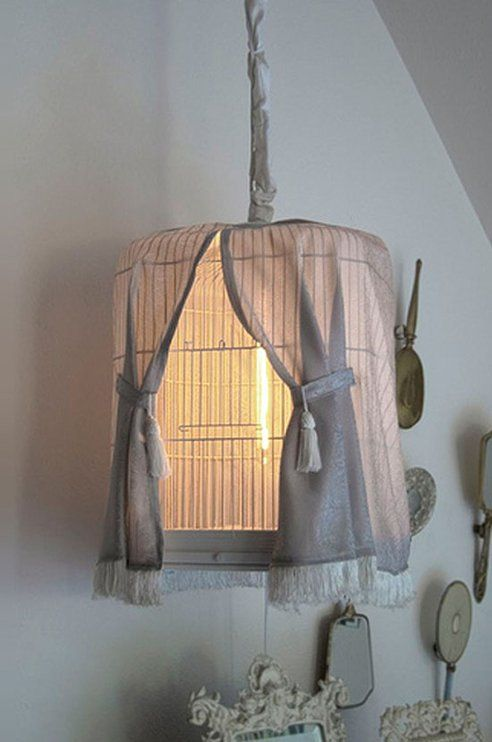 .: Birdcages Lights, Vintage Birdcages, Birds Cages, Lights Fixtures, Shabby Chic, Night Lights, Birdcages Lamps, Cute Ideas, Hanging Lamps
