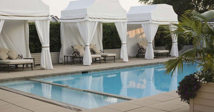 ¿Cuál es el tamaño medio de las piscinas enterradas?