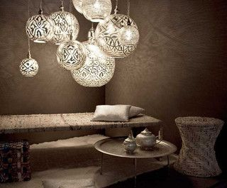 Zenza's absolutely gorgeous Arab lamps - my all time favourites! Check out ZENZA: http://zenza.nl