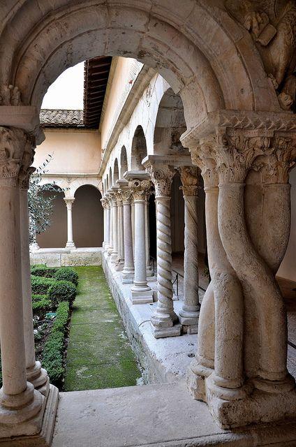 Aix-en-Provence - Cloître Saint-Sauveur | Flickr – Condivisione di foto!