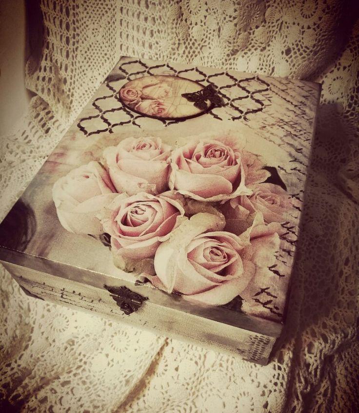 Gyönyörűséges szülinapi ajándék decoupage technikával :-)  <3. / decoupage, roses, shabby style