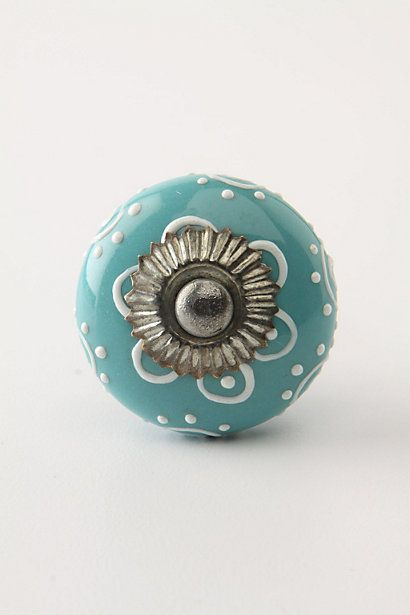 such a pretty knob!