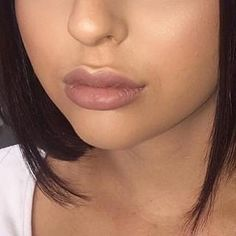 I had the pleasure in treating this beautiful client who wanted a more enhanced lip look. She had 2ml lip filler total over two sessions ☺️ #filler #lipfiller #lipfillers #lips #cosmeticinjections #cosmeticnurse #cosmetic #biggerlips #laserclinic #canberra #woden #lipaugmentation #naturallips #facialaesthetics #honeybonefacialaesthetics #photooftheday  #followme #tagsforlikes #botox #dysport #juvederm #galderma #allergan #cheekfiller #antiwrinkleinjections #canberralips