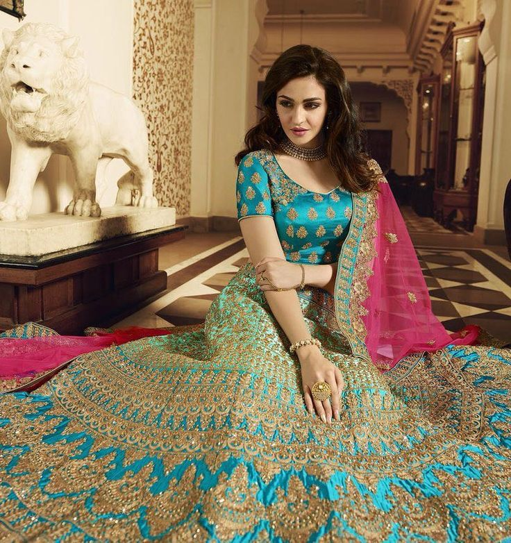 Bridesmaid silk lehengas buy online Dubai, Shaded blue ghagra choli in sik