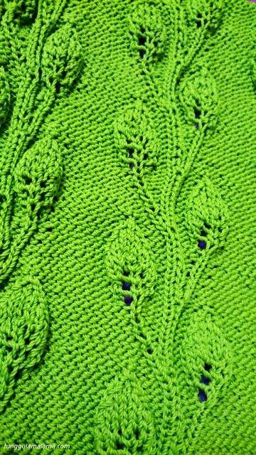 Knitting leafy
