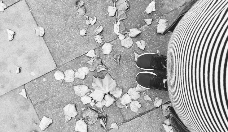 """Why #pregnancy seems to be a legitimation for others to discuss your weight and body changing. Schwanger sein: öffentlich kommentiert werden plötzlich das Gewicht, der Bauchumfang (""""wirklich keine Zwillinge???"""") und sogar die Atmung"""