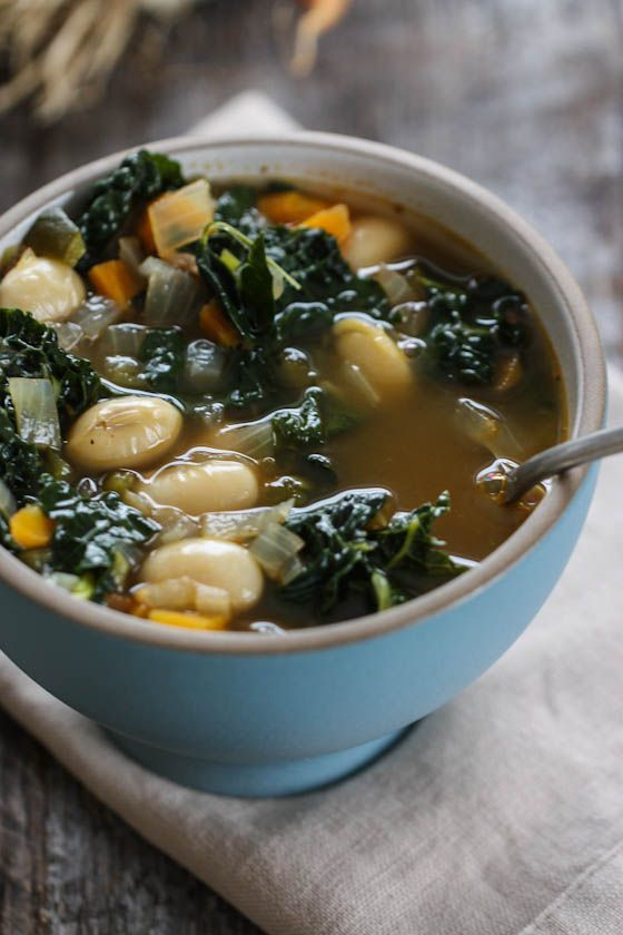 kale and bean soup-8565