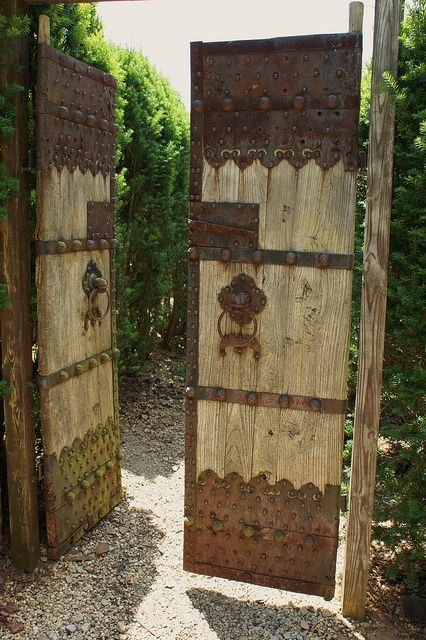 206 best driveway gate images on pinterest for Garden gate designs wood