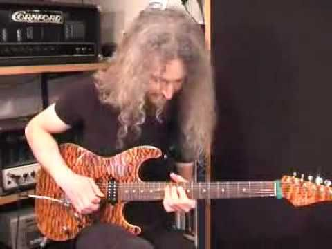 Amazing shred funky blues by Guthrie Govan