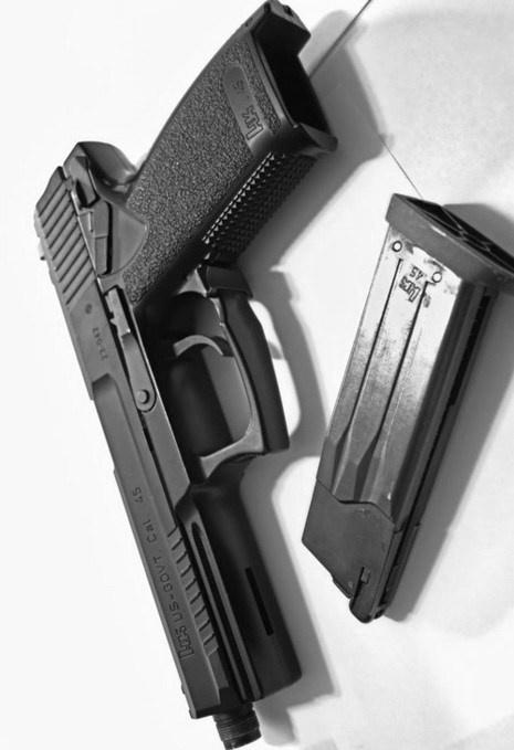 Pistol Black