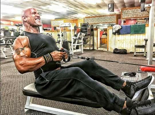 Dwayne Jonhson training