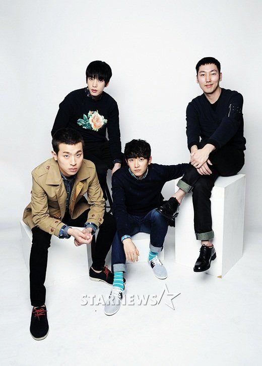 """Park Jung-Min,Gu Won, Park Doo-Sik y Lee Jung-Hyuk. Joven reparto de """"Fists Of Legend""""."""