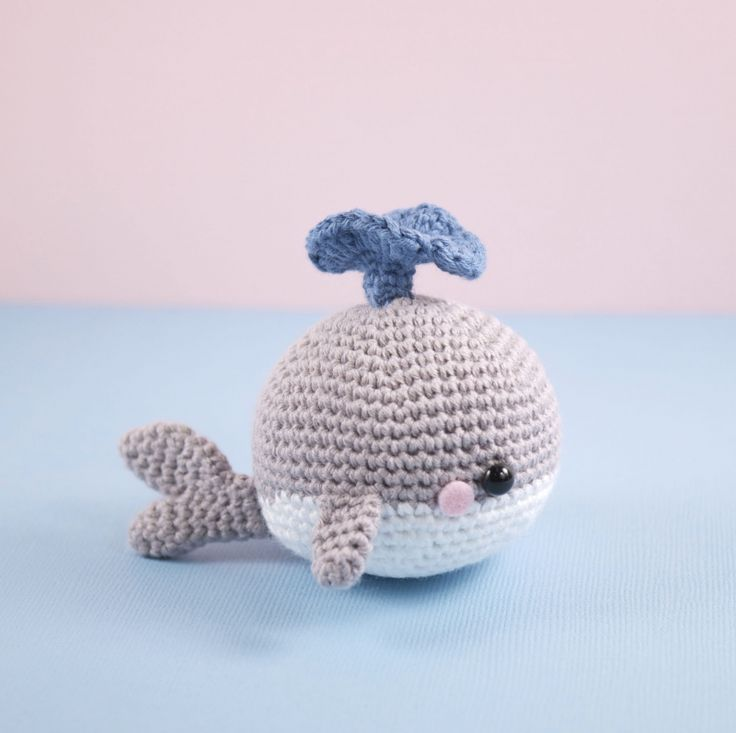 Big Whale Amigurumi : Best 175 Crochet Fishes images on Pinterest Other