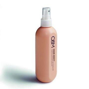 RZSKnow Knott Ontklittende leave-in spray op basis van organische Argan -en Macadamia olie. Het verwijdert knopen en klitten uit het haar en het egaliseert de poreusiteit. Ideaal voor langere lengtes en gespleten punten. Het is een gewichtloze leave-in treatment dat het haar intensief voedt en het beschermt tegen warmte en UV-straling.