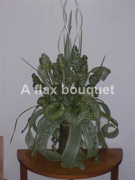 Natural flax flower arrangement.
