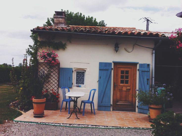 cute lil holiday gite in southwest France #france #holiday #travel #cute