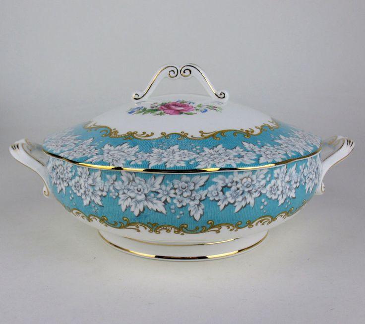 Covered Serving Bowl Vegetable Tureen Royal Albert Enchantment vintage England #RoyalAlbert