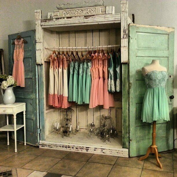 Shabby chic wardrobe tienda ropa pinterest summer for Idee deco retro chic
