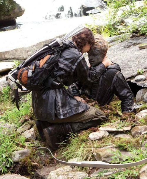 Ten Mistakes found in The Hunger Games Movie - Click to see the list!: Finding Peeta, Catch Fire, Katniss Finding, Josh Hutcherson, The Hunger Games, Ten Mistakes, Hunger Games Movies, Games Trilogy, Jennifer Lawrence