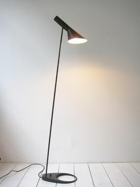 Floor lamp 'AJ' designed by Arne Jacobsen 1960 #lighting.  Very tall light