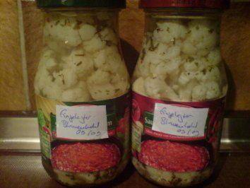 Das perfekte Eingelegter Blumenkohl-Rezept mit Bild und einfacher Schritt-für-Schritt-Anleitung: Blumenkohl in Röschen teilen und bissfest garen und…