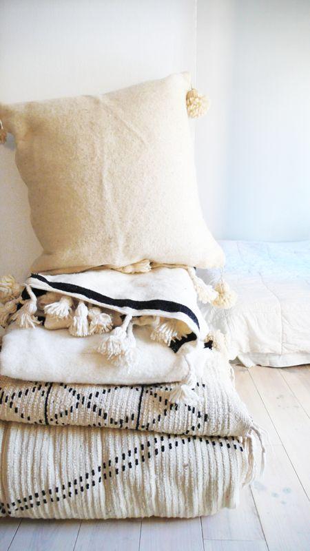 moroccan pom pom pillow cover